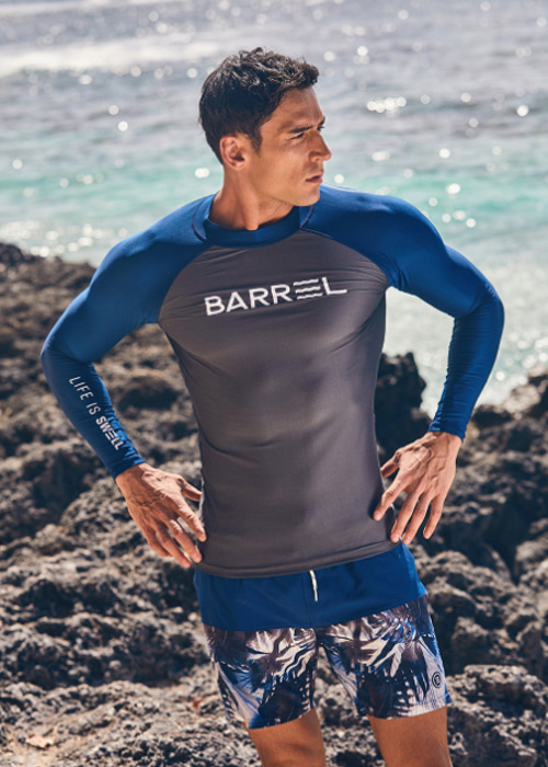 5%쿠폰/배럴 맨 OG 썬 래쉬가드/BARREL OG SUN RASHGUARD(BW6MRGT001)_DARK GREY/NAVY_NB6806N2/S7B6806N2